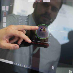 Stefan Renckly von MTT zeigt MRT Fusion für Mediziner